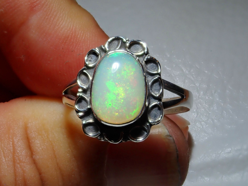 9sz Natural Ethiopian Welo Opal .925 Sterling Silver Ring