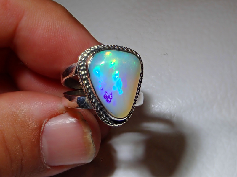 7sz Natural Ethiopian Welo Opal .925 Sterling Silver Ring