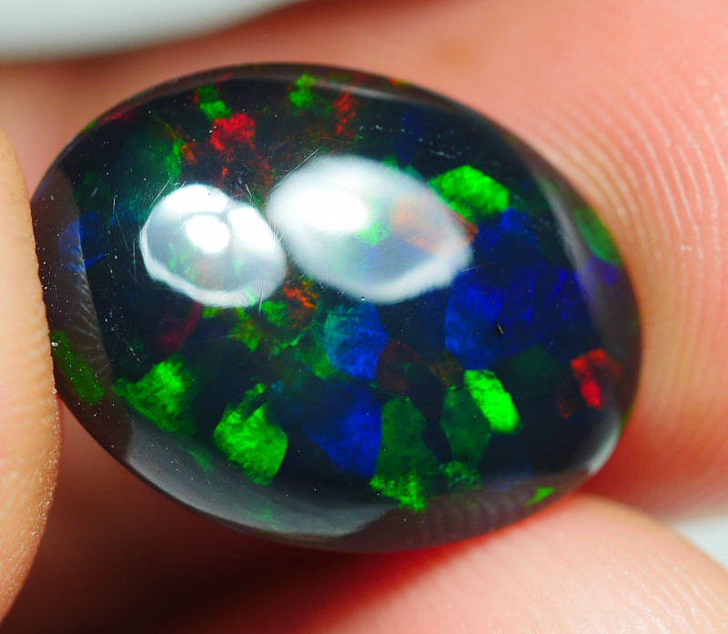3,540CRT BRILLIANT BRIGHT WELO OPAL SMOKED OPAL*