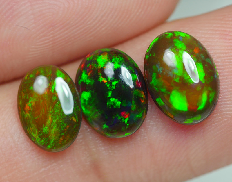 2.135 CRT BRILLIANT SMOKED PARCEL PLAY COLOR WELO OPAL*