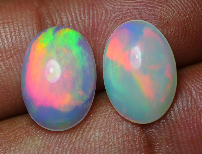 6.795 CRT BRILLIANT PAIRS BROADFLASH BEAUTY PLAY COLOR WELO OPAL*