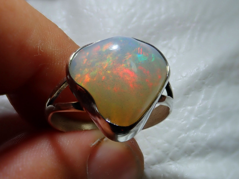 10.2sz Natural Ethiopian Welo Opal .925 Sterling Silver Ring