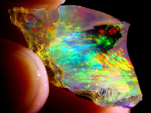 CONTRALUZ 14cts Ethiopian Crystal Specimen Rough / CR1366