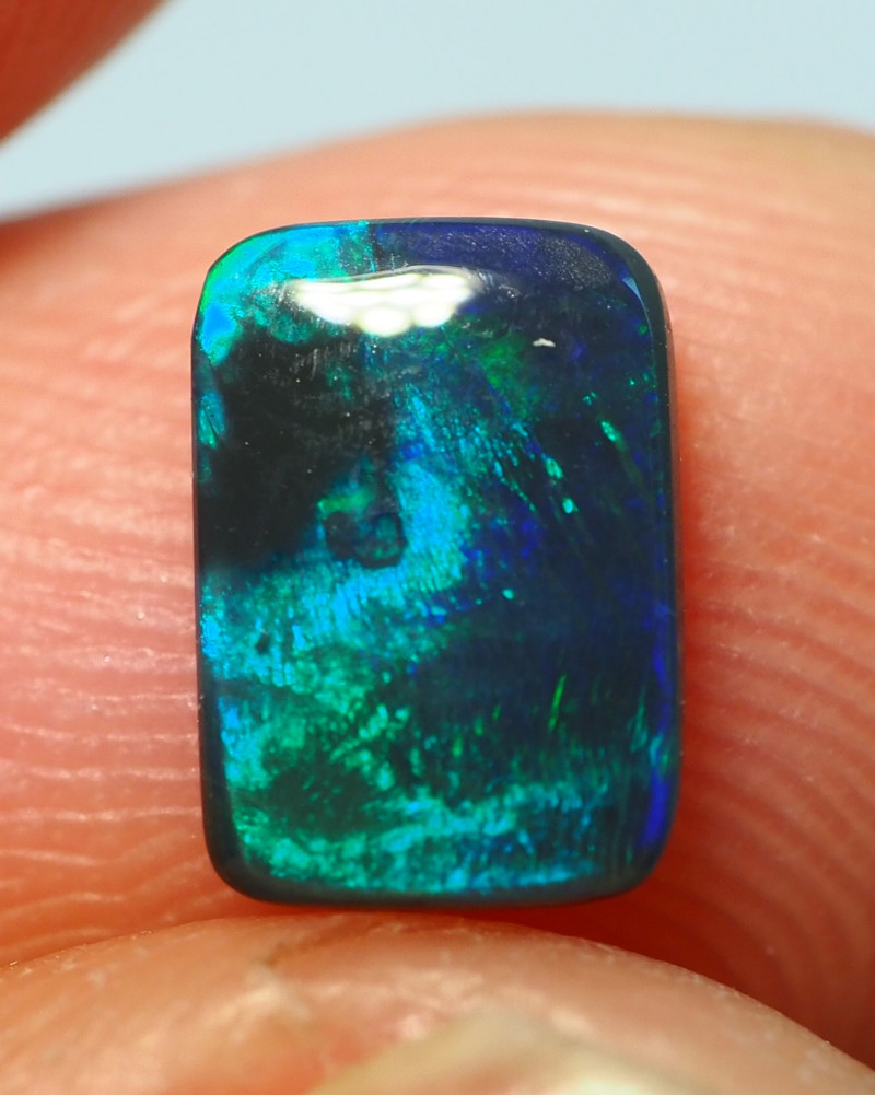 0.65CT BLACK OPAL  LIGHTNING RIDGE AL851