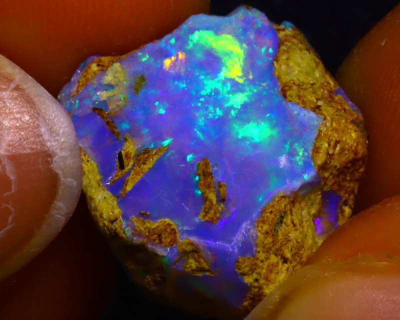 8.50Ct Multi Color Play Ethiopian Welo Opal Rough JF2609/R2
