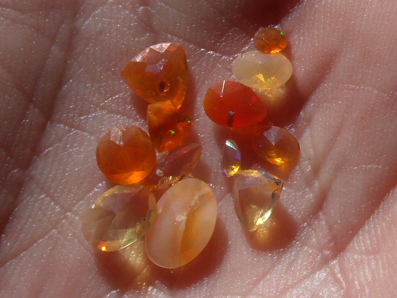 2.24 Cts. Lot (C-12) 12 pcs Faceted Fire Mexican Opal