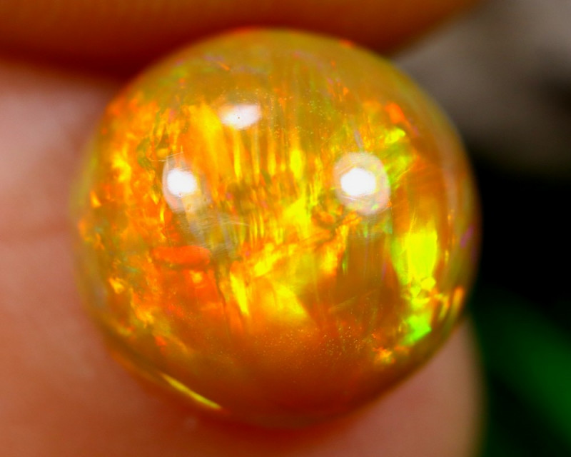 2.22cts Natural Ethiopian Welo Opal / HM672