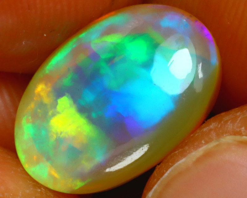 Welo Opal 3.80Ct Natural Ethiopian Play of Color Opal JN212/A44