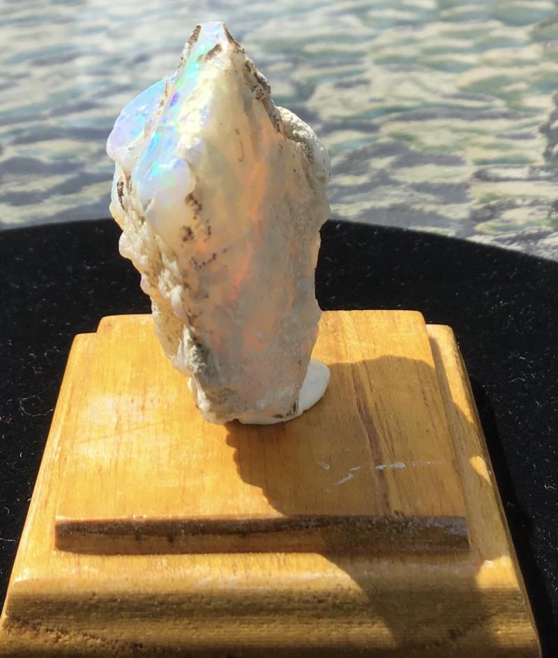 Welo opal specimen, Welo opal