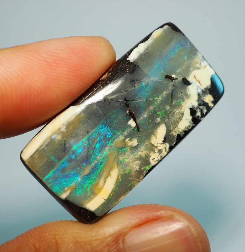 54.95CTS QUEENSLAND  BOULDER OPAL RE851