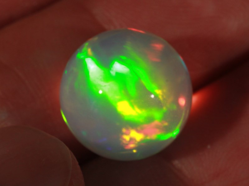 13.89CT~STUNNING ETHIOPIAN WELO OPAL SPHERE~INSANE FULL SATURATION OF FIRE!