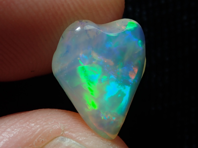 2.77ct Extremely Bright Carved Welo Solid Opal