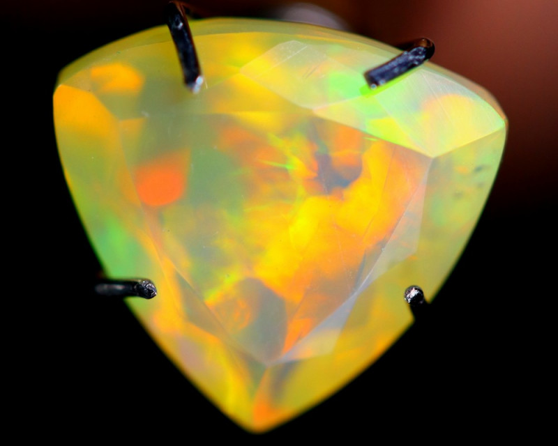 1.80cts Natural Ethiopian Faceted Welo Opal /BF3899