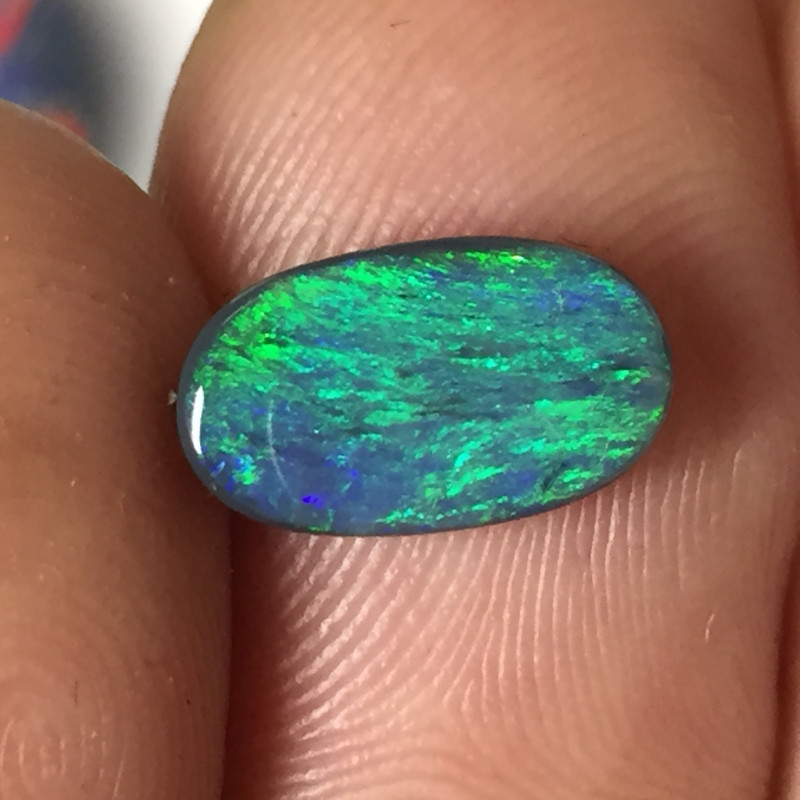 1,64 cts - Black opal from Mulga Field - Lightning Ridge