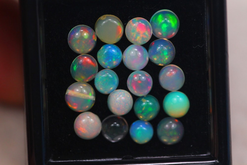 3.08Ct Natural Ethiopian Welo Opal Lot JA2317