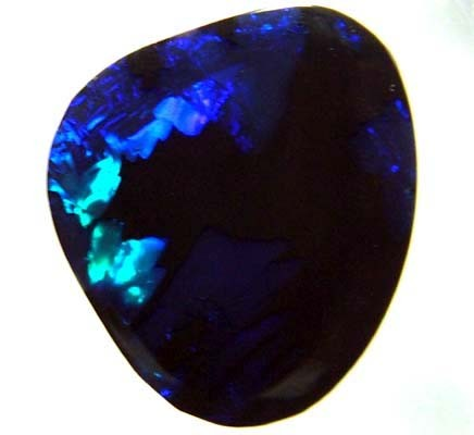 BLACK OPAL CUT SOLID STONE 5.30CTS A4058(TBO-S)