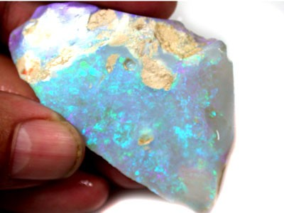 LARGE RUBBED ROUGH 2 TONE CRYSTAL OPAL 75 CARATA CTS L4009