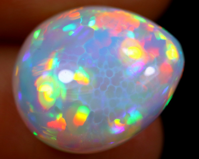 8.60cts Natural Ethiopian Welo Opal / BF4068