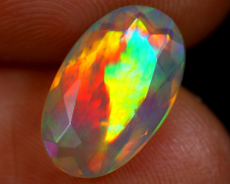 1.73cts Natural Ethiopian Faceted Welo Opal /BF4193