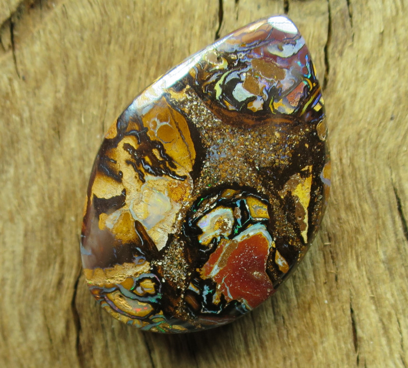 64cts, YOWAH OPAL~WE ARE QUEENSLAND OPAL MINERS!