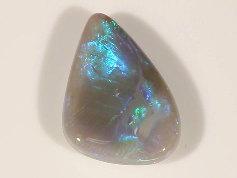7.36ct DARK OPAL LIGHTNING RIDGE