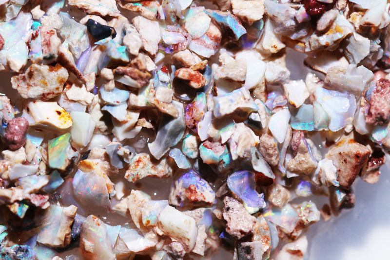 410 cts Rough Coober pedy Opal chips by miner code Ch 721