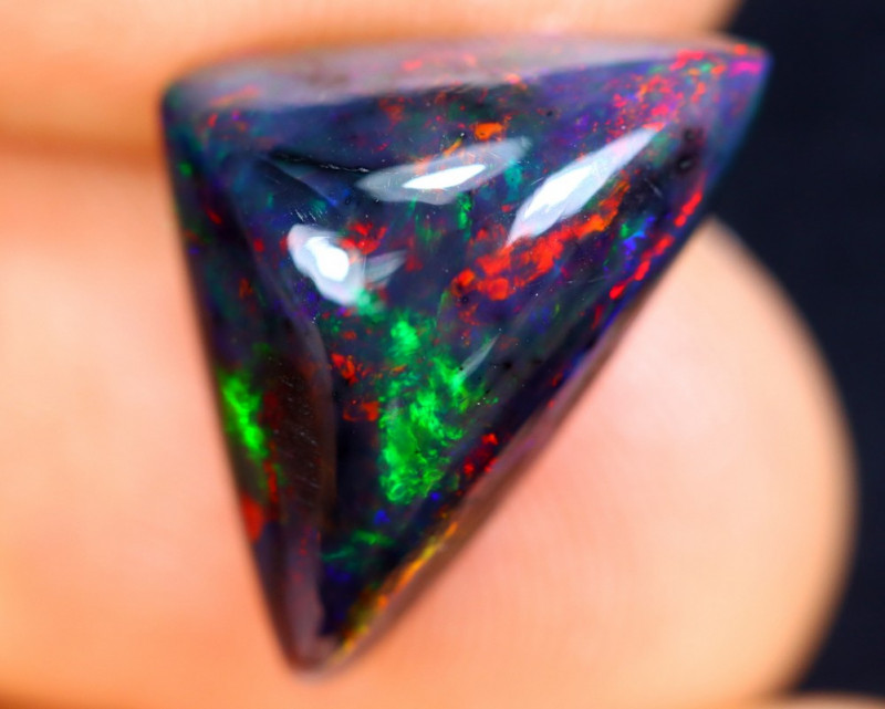 3.93cts Natural Ethiopian Welo Smoked Opal / HM1211