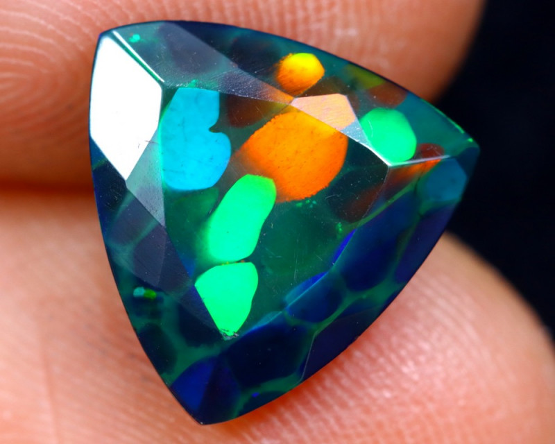 2.42cts Natural Ethiopian Welo Faceted Smoked Opal / HM1280