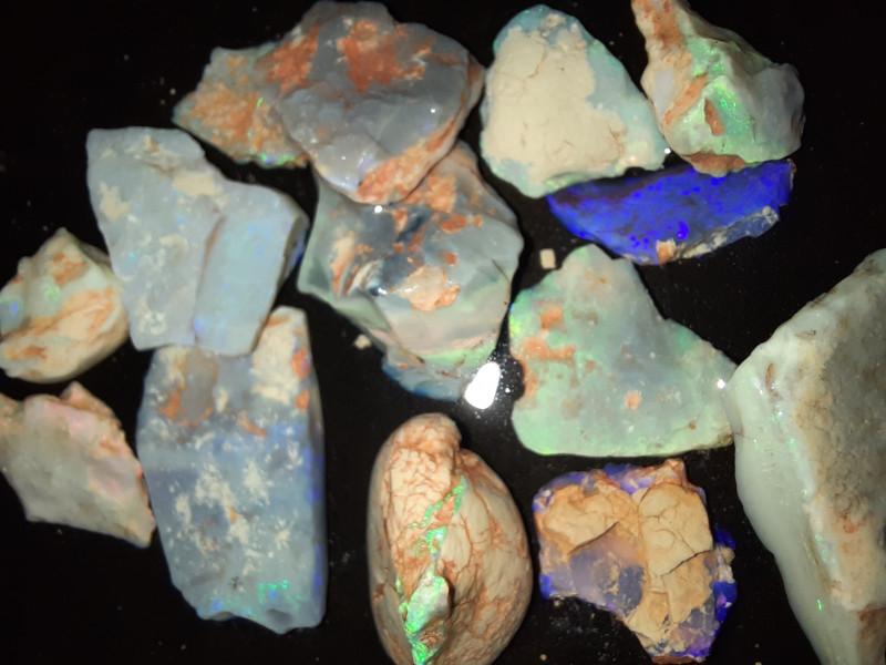 119 Cts Mixed Grawin Opal Rough