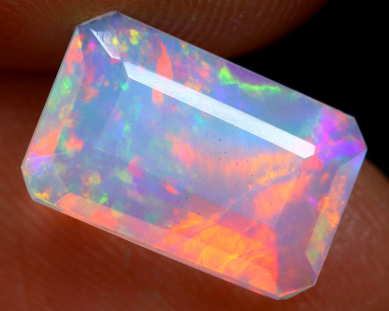1.64cts Natural Ethiopian Faceted Welo Opal /BF4465