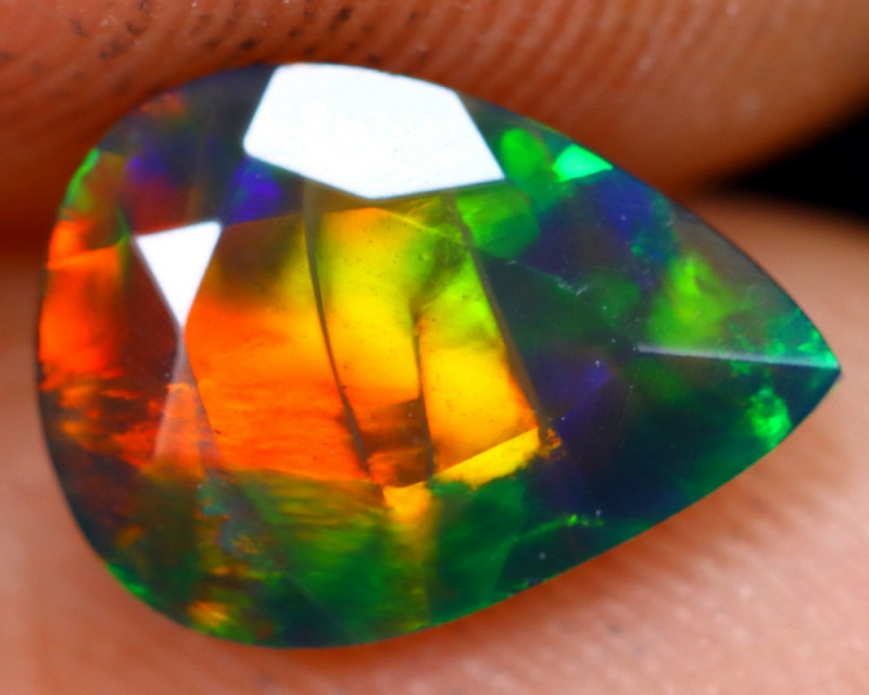 0.97cts Natural Ethiopian Welo Faceted Smoked Opal / NY482
