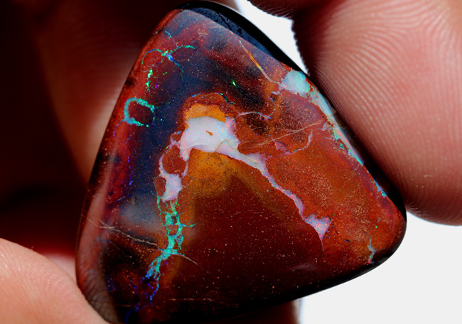 41.8 CTS QUALITY YOWAH OPAL - TOP POLISH [EO-130]