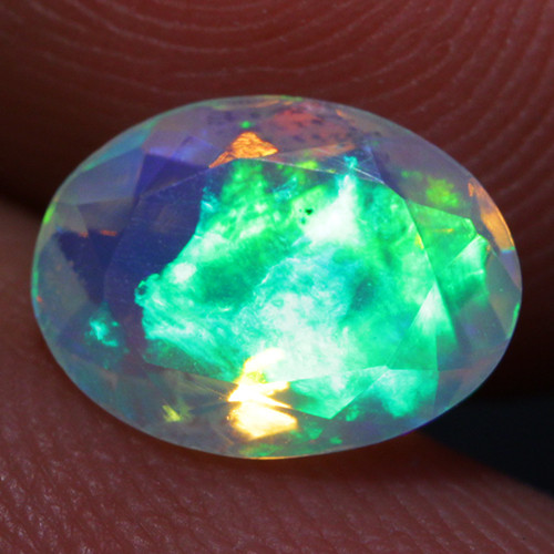 1.05CT 9X7MM Contraluz!! Top Quality Welo Ethiopian Faceted Opal-CF45