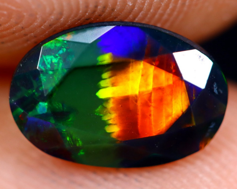 1.00cts Natural Ethiopian Welo Faceted Smoked Opal / NY730