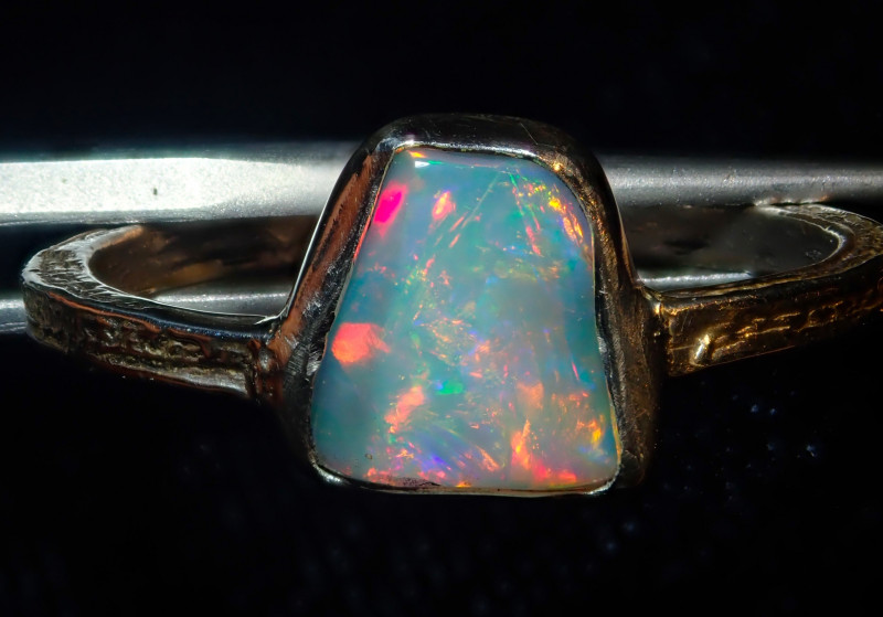 9.5sz SOLID CRYSTAL OPAL HIGH QUALITY .925 STERLING FABULOUS RING