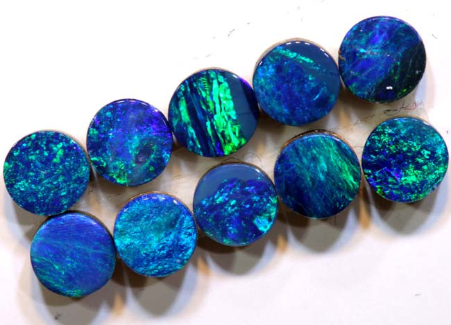 2.75 CTS    4X4  OPAL DOUBLET  CALIBRATED PARCEL  LO-6360