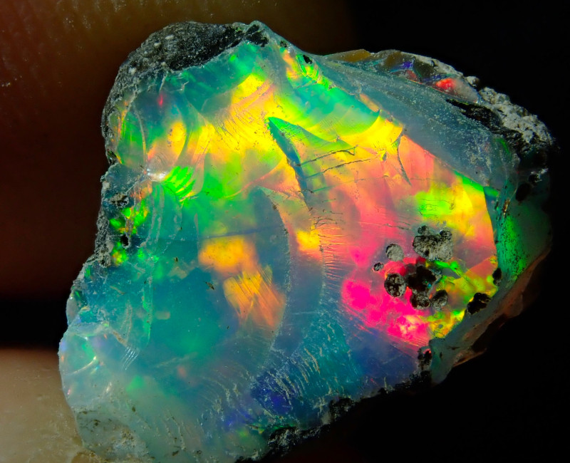 4.9ct A6 Cutting Rough Quality Solid Welo Opal