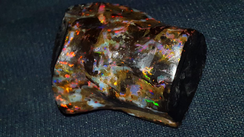 192 CRT GORGEUS  FIRE COLOR INDONESIAN OPAL WOOD FOSSIL*