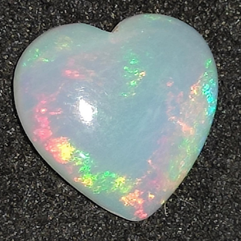1.20 cts Opala Lapidada Forma Coração
