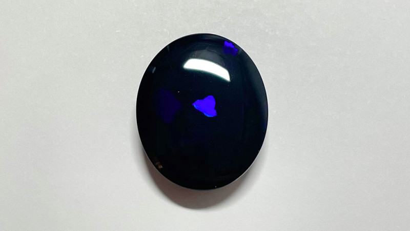 10.9ct Lighting Ridge Black Opal