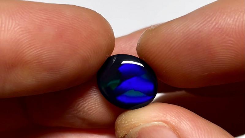 5.1ct Lightning Ridge Black Opal