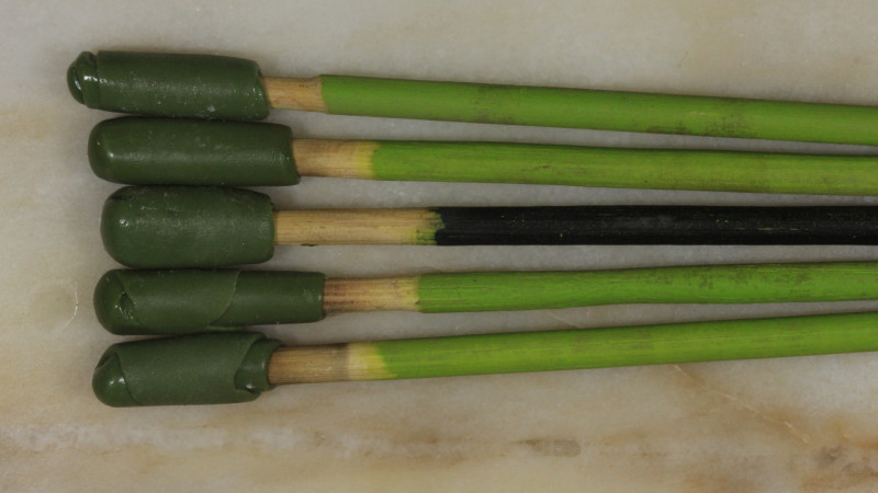 5 Dopping Sticks -Large Stone Green/Black 15ct + [31281] 53FROGS