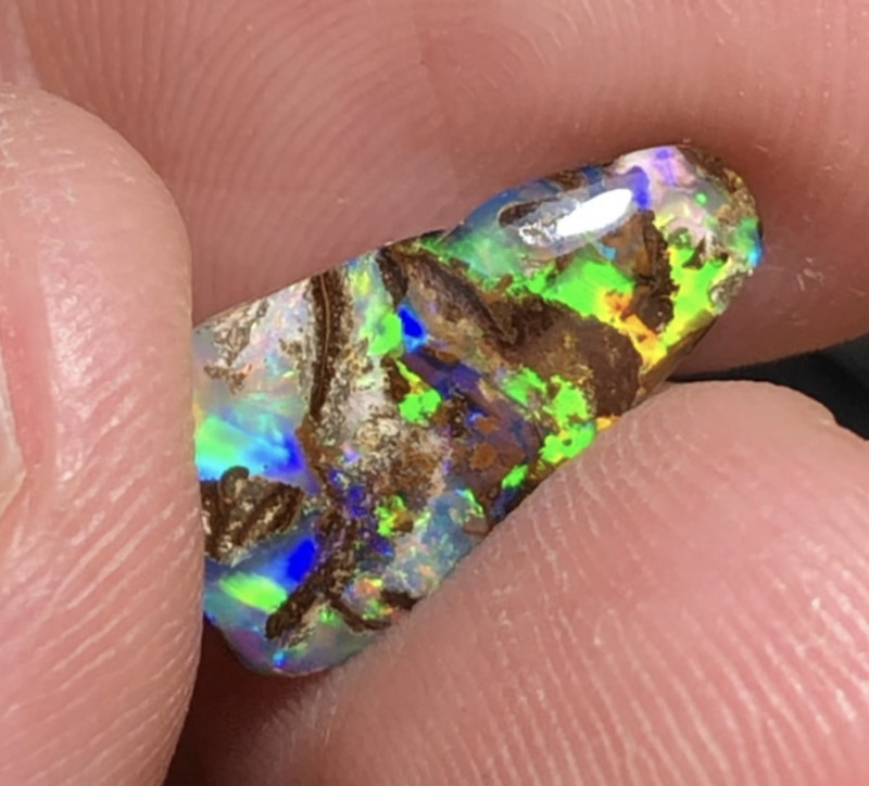 3.82cts Boulder Opal Stone AE288