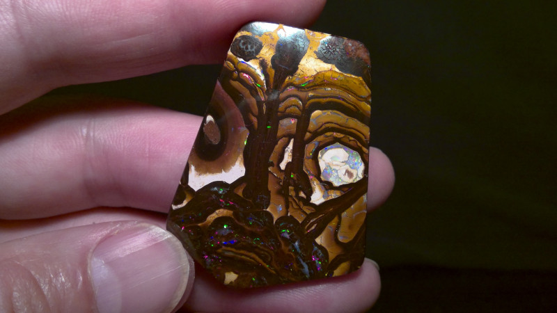 86.14 cts Boulder opal, A stunning beautiful Ancient Mask!