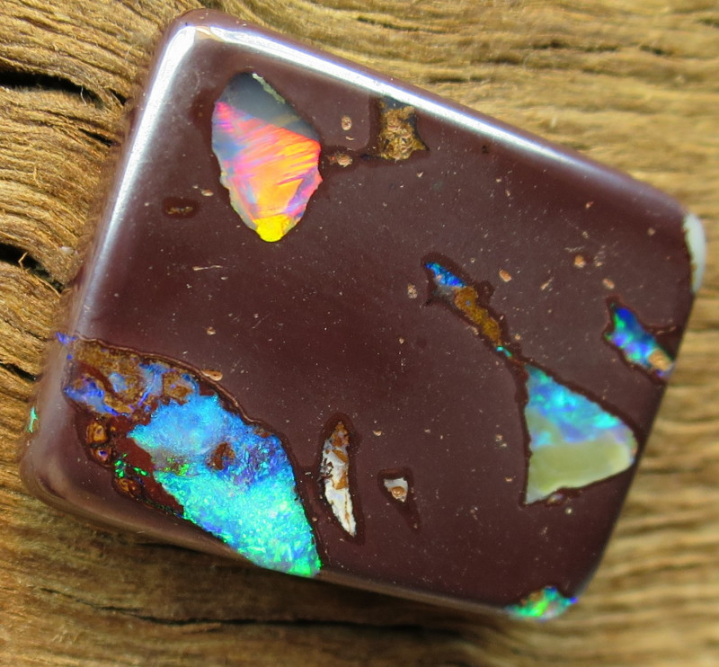32cts, #1~AMAZING 2 SIDED GEM PIPE OPAL.