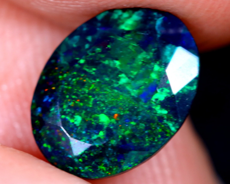 1.38cts Natural Ethiopian Welo Faceted Smoked Opal / HM2111