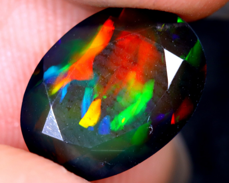 1.93cts Natural Ethiopian Welo Faceted Smoked Opal / HM2131